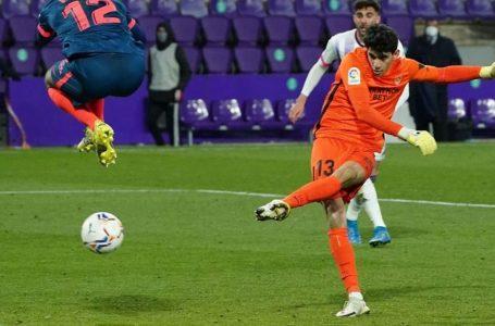Ясин Буну вкара изравнителния гол за Севиля в 4-тата минута от добавеното време при гостуването на Реал Валядолид от 28-ия кръг на Ла Лига.