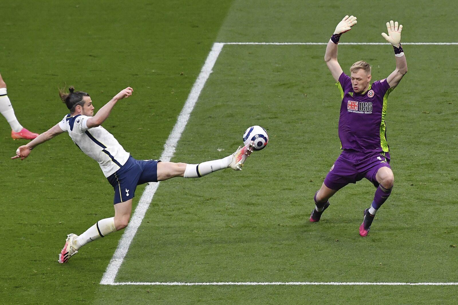 Хеттрик на Бейл за победата на Тотнъм над Шефилд Юнайтед с 4:0