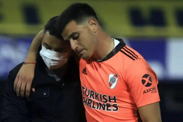 Ривър Плейт ще бъде принуден да играе в сряда в мача за Копа Либертадорес без вратари, след като в отбора избухна епидемия от Covid-19.
